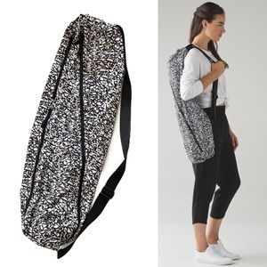 Lululemon 14L Ice Breaker Yoga Mat Bag